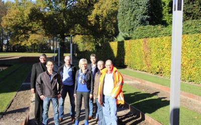 Duurzame solar verlichting geplaatst in tuin kasteel Wijchen
