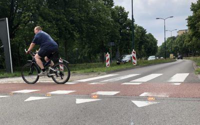 Primeur op rotonde in Soest: oranje ledlampjes waarschuwen automobilisten voor overstekers